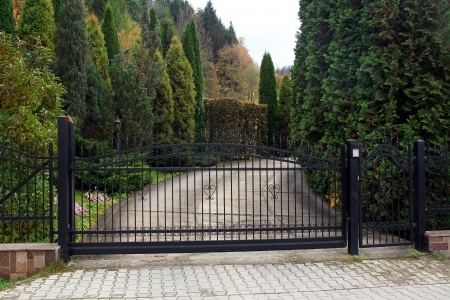 Add Curb Appeal with a Granite Driveway