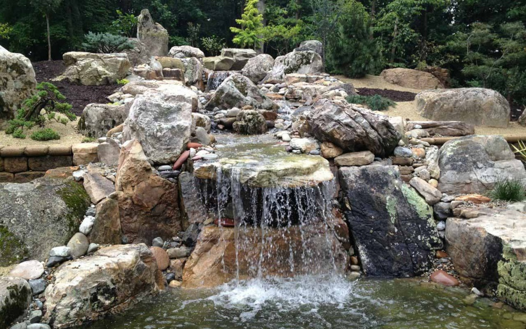 Using Natural Stone in Landscaping: Water Features